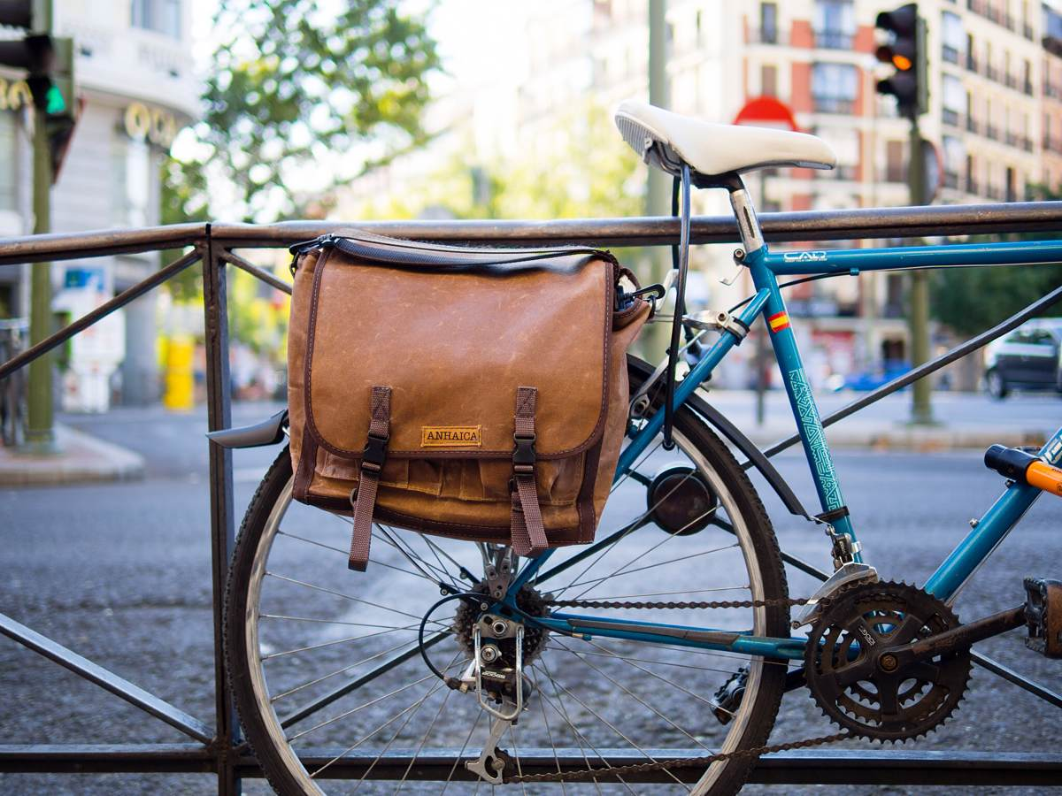 The 10 Best Messenger Bags - Bestbackpack
